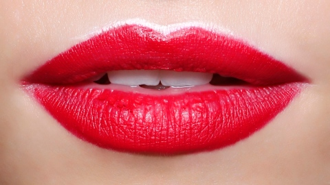 How to Change Your Lip Shape  | StyleCaster