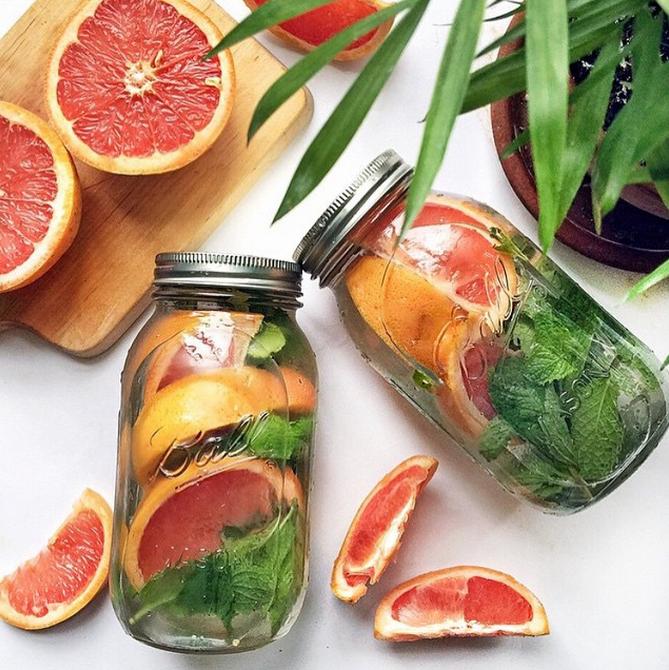 grapefruit and mint detox water