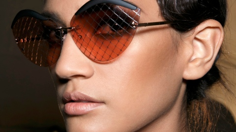 The Right Bronzer For Your Skin Tone | StyleCaster