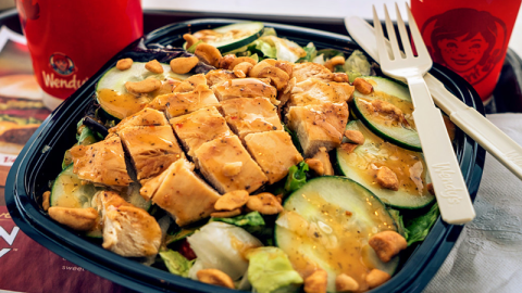 7 Surprisingly Healthy Fast Food Meals    StyleCaster