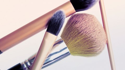 The Makeup Brush Stats You Don't Know | StyleCaster
