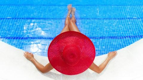 The Best DIY Sunburn Cure Ever | StyleCaster