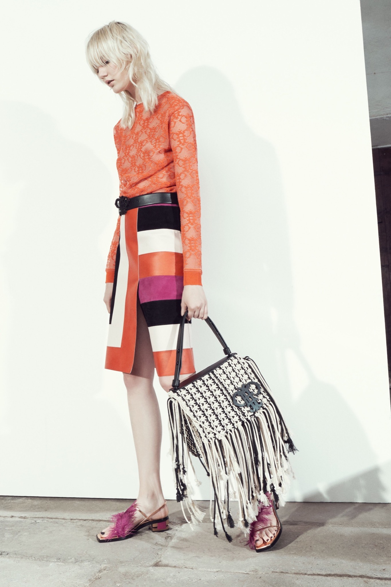 emilio pucci 015 1366 Puccis New Prints Tap into the Zeitgeist With Selfie Sticks (Yes, Really)