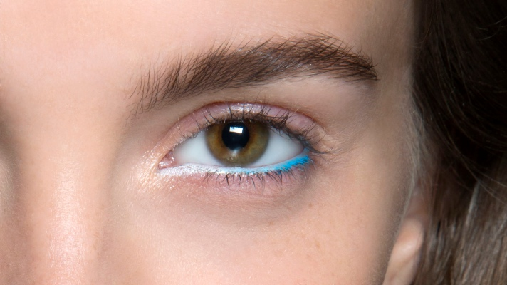 35 Ways to Wear Colorful Eyeliner
