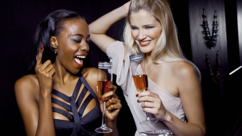 Are Your Cocktails Ruining Your Skin? | StyleCaster
