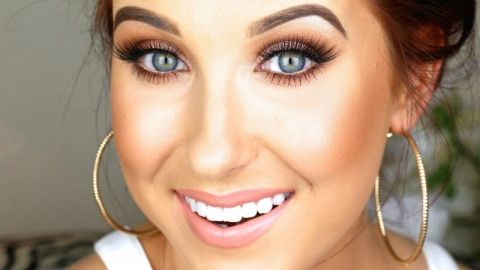 Jaclyn Hill's Amazing New Beauty Collabs | StyleCaster