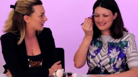 Pixiwoo Applies Makeup Without Looking | StyleCaster