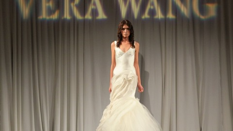 Our Favorite Vera Wang Wedding Gowns | StyleCaster
