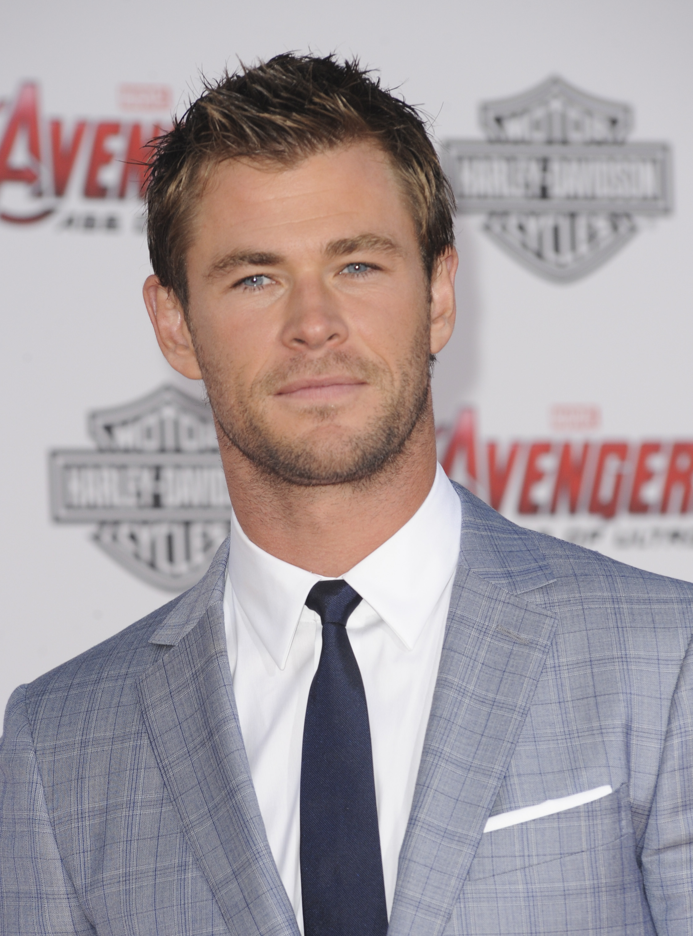 chris hemsworth ghostbusters