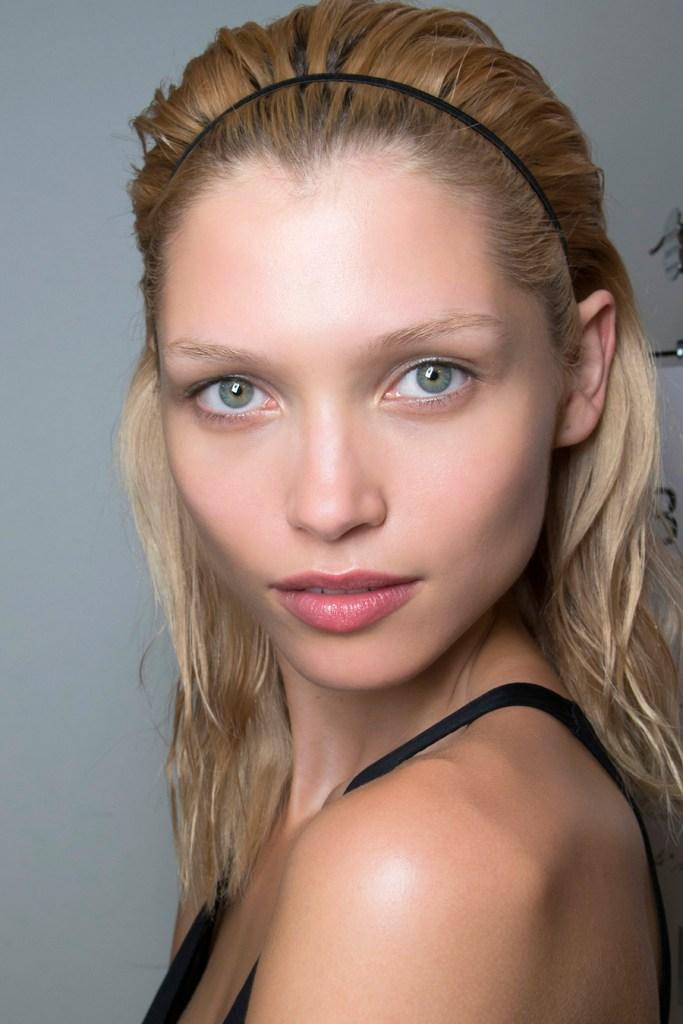 Why You Need Hair Sunscreen
