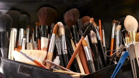 Maintain Your Makeup Brushes Like a Pro   StyleCaster
