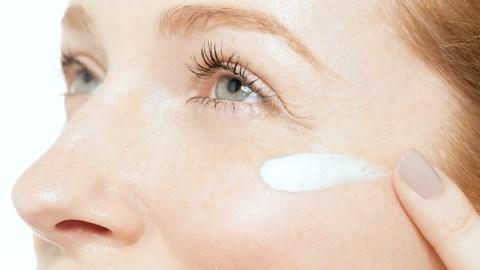 5 Genius Eye Cream Hacks | StyleCaster