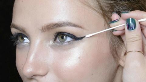 10 Genius Cotton Swab Beauty Hacks | StyleCaster