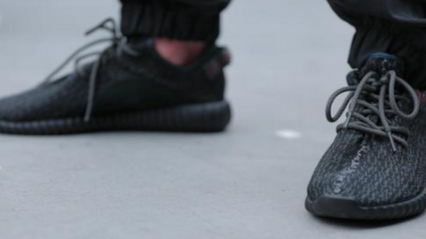 How to Cop a Pair of Yeezys    StyleCaster