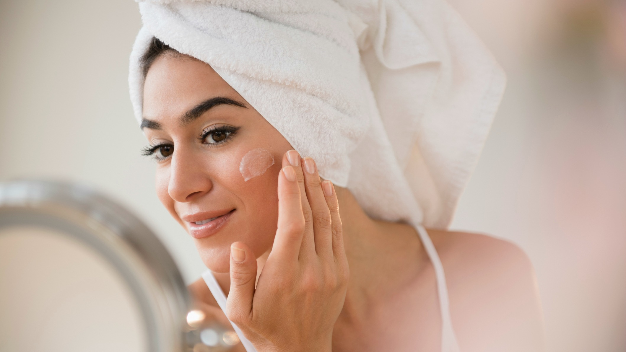 7 Tried-and-True Moisturizers That Won't Break You Out