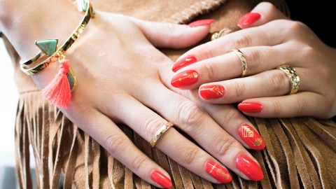 Nail Decals Are Making a Comeback | StyleCaster