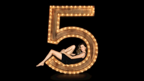 The 11 Most Iconic Chanel No. 5 Ads Ever | StyleCaster
