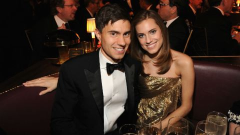 See Allison Williams' ODLR Wedding Gown | StyleCaster