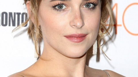 Wavy Hair Was the Celeb Look of the Week | StyleCaster