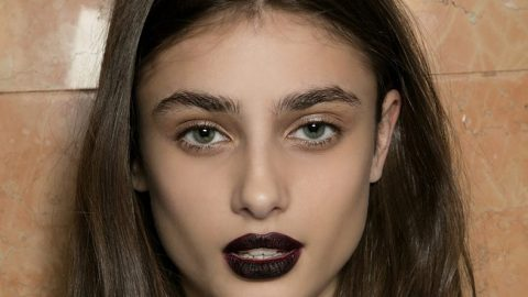 How to Wear the Goth Makeup Trend | StyleCaster