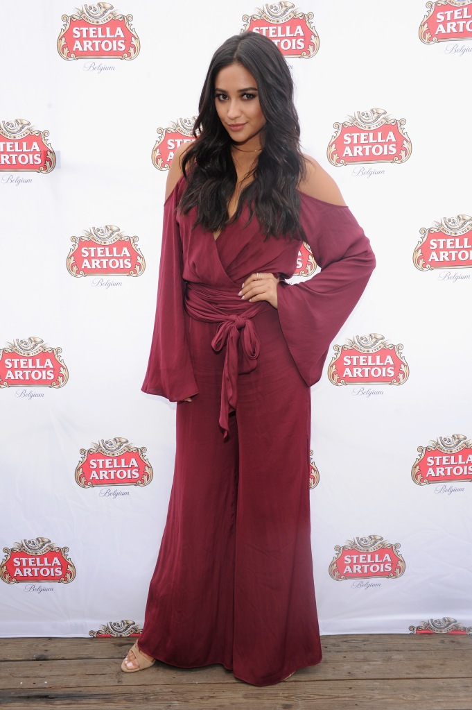 NEW YORK, NY - SEPTEMBER 21: Actress Shay Mitchell toasted bon voyage to a summer of hosting beautifully with Stella Artois while sailing into the New York City sunset on September 21, 2015. For more tips and tricks for how to host beautifully, follow @StellaArtois. (Photo by Craig Barritt/Getty Images for Stella Artois)