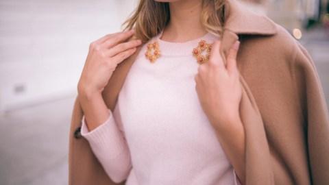 14 Modern Ways to Wear a Brooch | StyleCaster