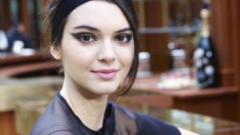 Get Fall's Graphic Eye Down to a Science | StyleCaster