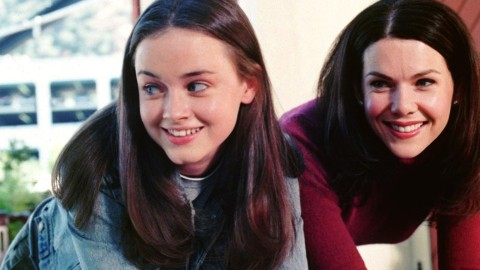 Everyone Is Convinced This New Netflix Show Is A 'Gilmore Girls' Remake | StyleCaster