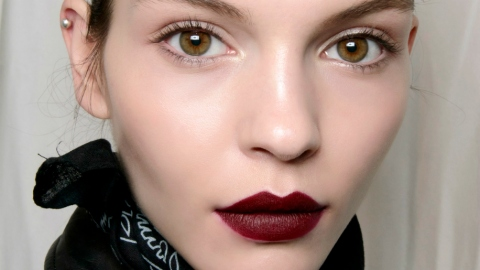 This is How to Pull Off Matte Lipstick | StyleCaster