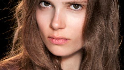Texturizing Spray Is Ruining Your Hair | StyleCaster