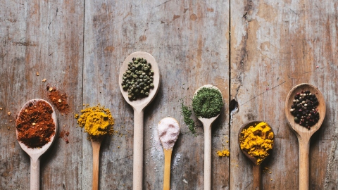 5 Underrated Spices You Should Be Using | StyleCaster