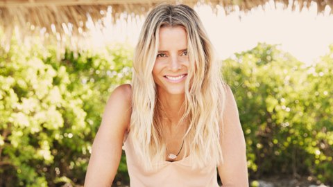 Take Note: Here's What a Pro Surfer Eats in a Day | StyleCaster