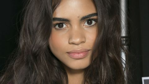 5 Tricks for Messy, Loose Waves | StyleCaster