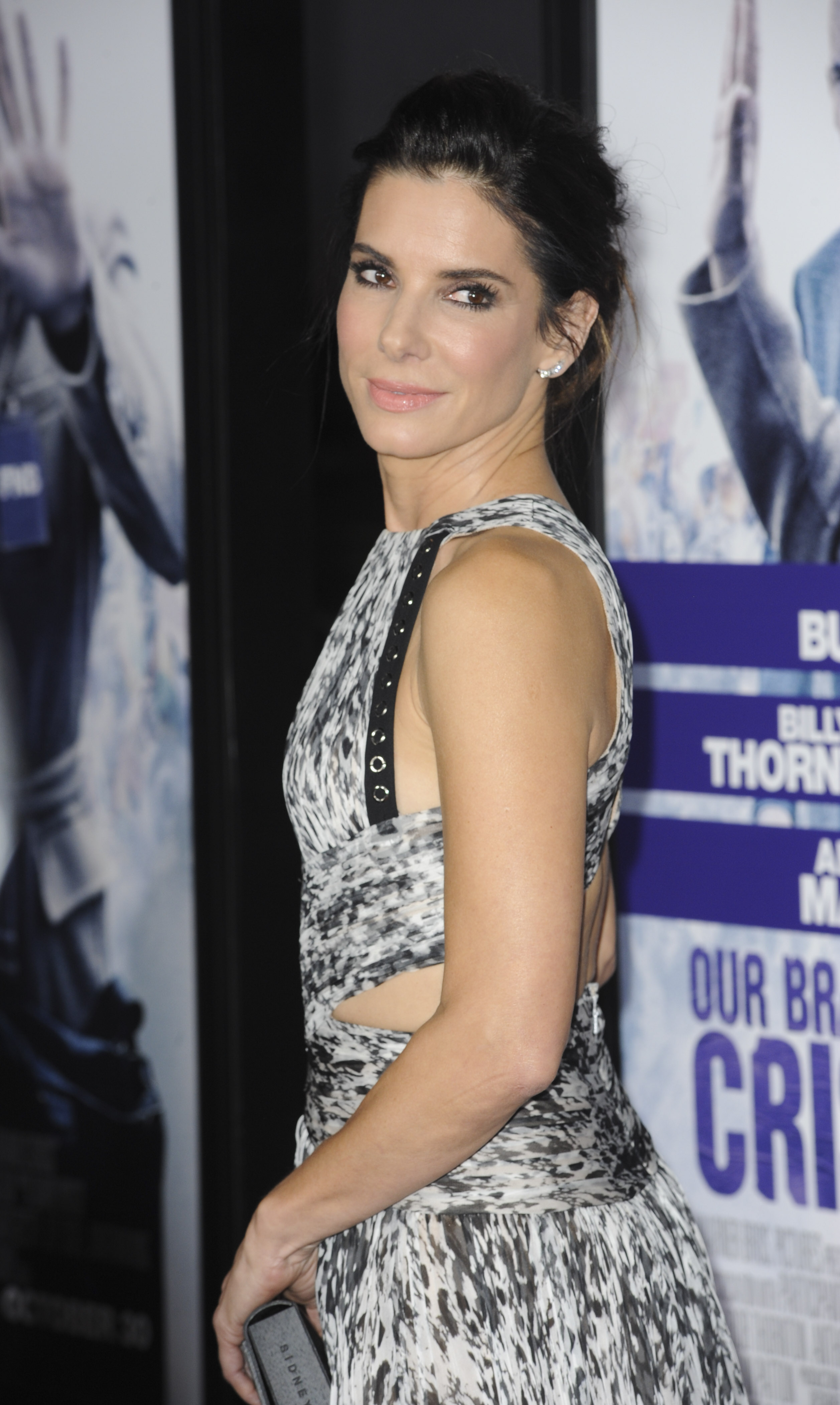 Sandra Bullock stars in all-female 'Ocean's Eleven'