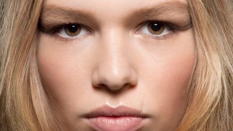 The Only Color You Should Be Using to Fill In Brows | StyleCaster