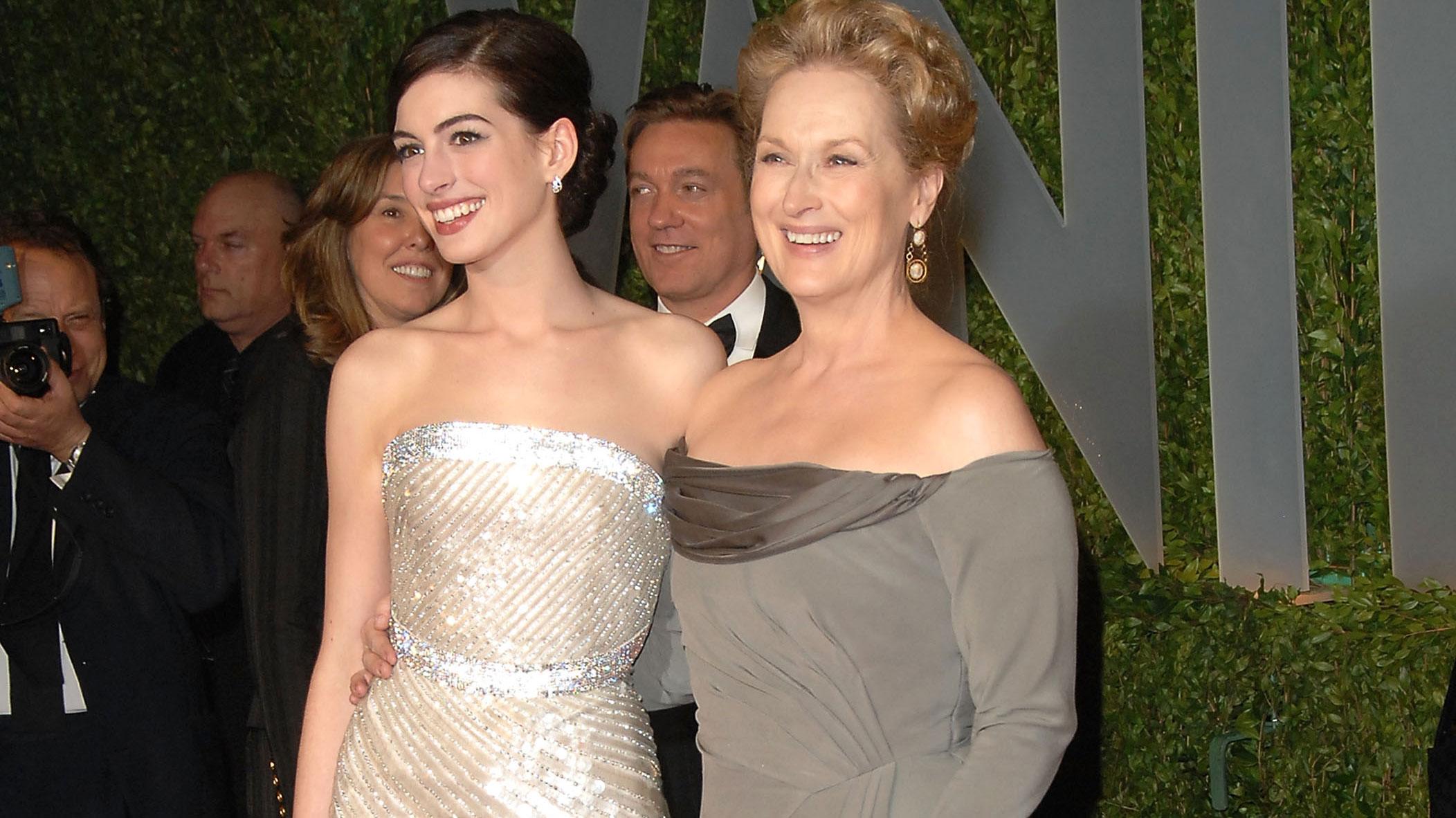 Sandra Bullock, Chelsea Handler Naked Together: Stars Chat