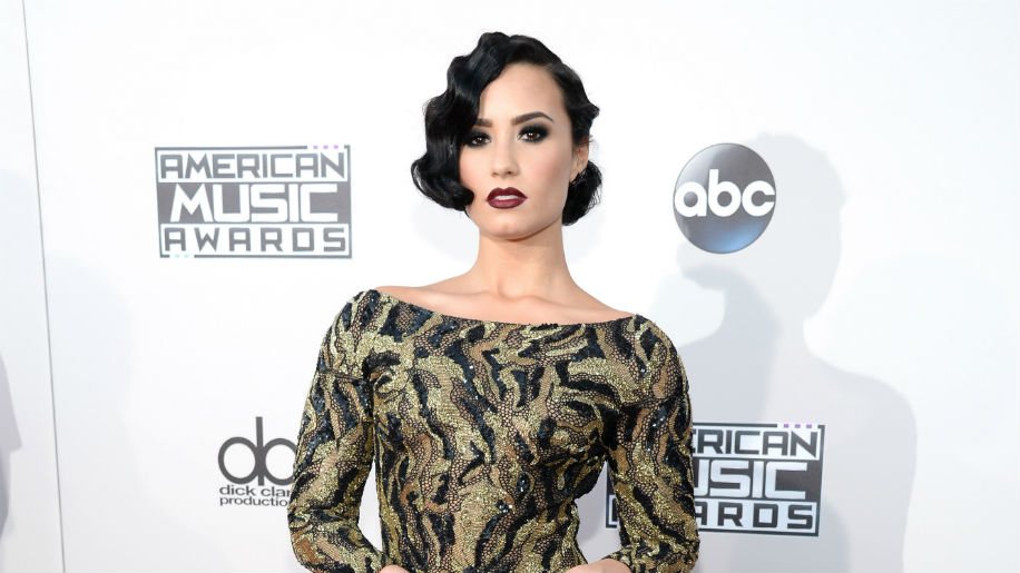demi The Best Hair at the American Music Awards: A Ranked Guide