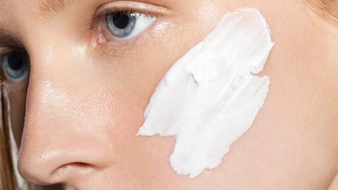 5 Detoxifying DIY Face Masks to Do Tonight | StyleCaster