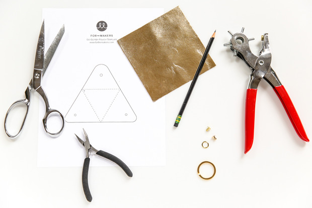 for the makers tas change pouch 1 Give Your Key Chain a Major Upgrade with This Chic (and Functional) DIY Pouch