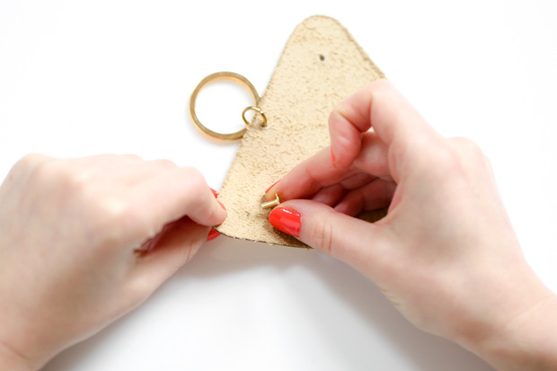 for the makers tas change pouch 9 Give Your Key Chain a Major Upgrade with This Chic (and Functional) DIY Pouch