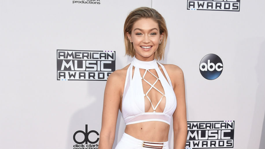 gigi 498327942 1 The Best Hair at the American Music Awards: A Ranked Guide