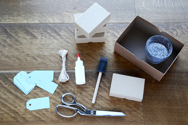 glittered boxes 1 Suck at Wrapping? These Easy DIY Glitter Gift Boxes Make It Look Like You Tried