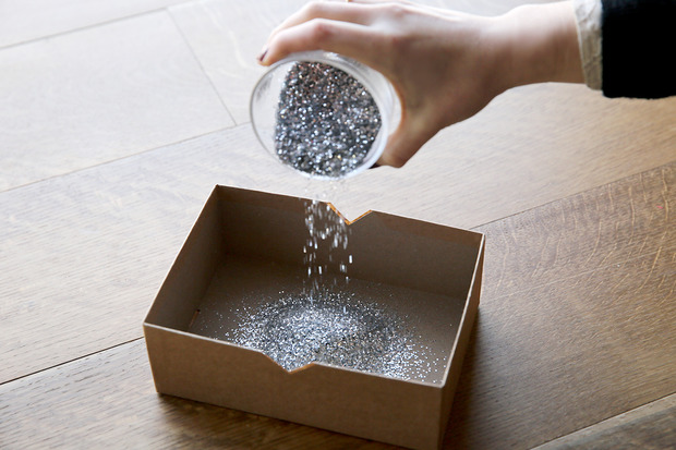 glittered boxes 2 Suck at Wrapping? These Easy DIY Glitter Gift Boxes Make It Look Like You Tried