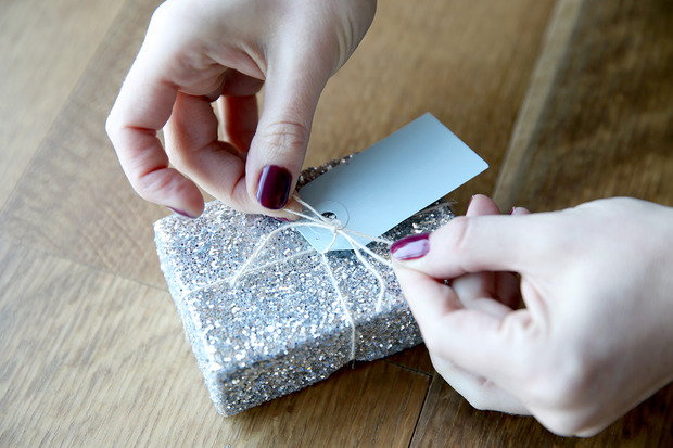 glittered boxes 8 Suck at Wrapping? These Easy DIY Glitter Gift Boxes Make It Look Like You Tried