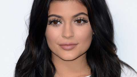 Kylie Jenner's 16-Step Makeup Routine Is Legit Insane | StyleCaster