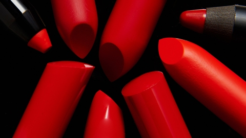 The 9 Red Lipsticks Our Editors Swear By | StyleCaster