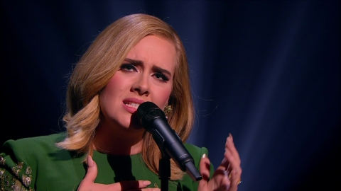 Watch Adele's Show-Stopping 'SNL' Performances  | StyleCaster