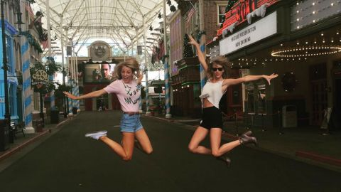 The Blake Lively–Taylor Swift Lovefest Continues   StyleCaster