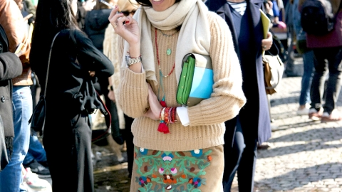 How to Tie 7 Scarves You Definitely Own  | StyleCaster
