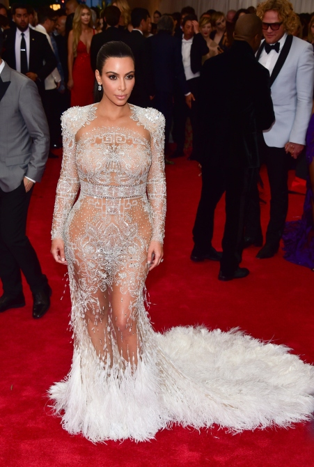 NEW YORK, NY - MAY 04: Kim Kardashian West attends the 'China: Through The Looking Glass' Costume Institute Benefit Gala at Metropolitan Museum of Art on May 4, 2015 in New York City. (Photo by George Pimentel/WireImage)